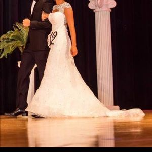 White Sherri Hill Pageant/Wedding Gown